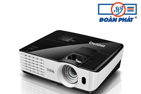 Máy chiếu BenQ MX602 độ phân giải 1024x768 Full 3D
