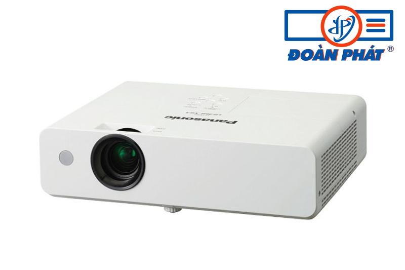 Máy chiếu Panasonic PT-LB360 cũ công nghệ Nhật còn mới 90%